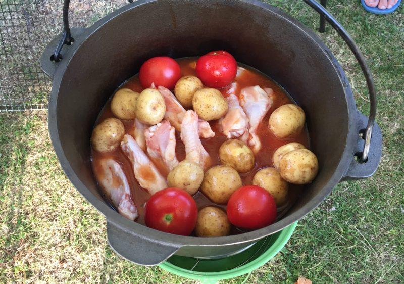 手羽元とトマト煮込み