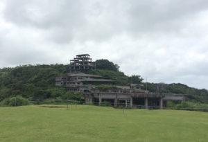 中城城跡近くの廃墟